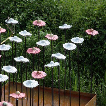 Ute Alexandra Fischer   Seerosen oder Glockenblumen