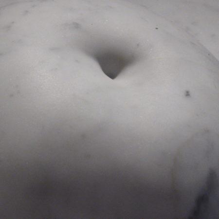 Masha Paunovic | Nukleus | weißer Marmor